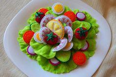 Salad with shrimps of felt. (+Gift). Toy cooking set. play restaurant. Felt salad. Felt vegetables.