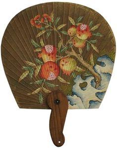 제1회 민화 아트페어에 전시하는 부채 중 일부 입니다. 부채 : 전북 무형문화재 제10호 선자장 방화선그림 ... Korean Crafts, Cool Umbrellas, Korean Painting, Korean Art, Korean Traditional, Chalk Art, Three Dimensional, Fan Art, Watercolor
