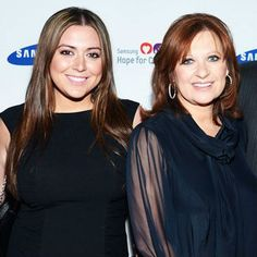 Lauren Manzo lap band surgery: Caroline Manzo's daughter loses 30 pounds after procedure Weight Loss Secrets, Weight Loss Plans, Weight Loss Program, Easy Weight Loss, Healthy Weight Loss, Reduce Weight, How To Lose Weight Fast, Caroline Manzo