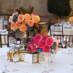 centros de mesa para boda vintage en colores llamativos