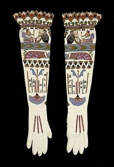 Wow, I want this kind or embroidery on a nice shirt, or maybe a pattern like this on some wallpaper      1920s - Egyptian Print Gloves