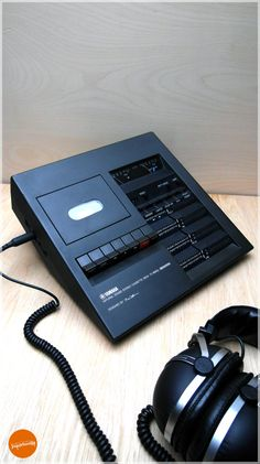 Unique Yamaha TC 800 GL tape recorder. €93,00, via Etsy.