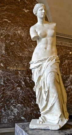 Ancient Greek Sculpture, Ancient Art, Anatomy Sculpture, Sculpture Art, Art Romain, Aphrodite Goddess, Louvre, Renaissance Art, Italian Renaissance