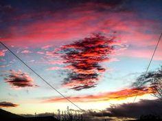 "Tramonto. Ovodda (@___maria_grazia___) su Instagram: ""#tramonto #sardegna #sky #skyporn #skyline #clouds #red #orizzonte #sardegnatramonti #sunset…"""