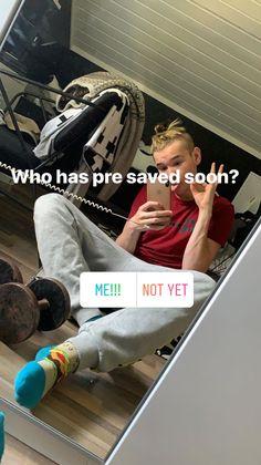 2019 📱 M Instagram, Boys Socks, Teen Boys, My Everything, Hot Guys, Hot Men, Singer, Entertaining, Mac