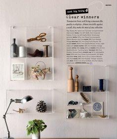 Maak ruimte voor uw meest kostbare bezittingen door het versieren met foto's, ansichtkaarten, aankopen en souvenirs - Hay