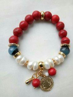 Secuencia d color Jewelry Logo, Boho Jewelry, Jewelry Gifts, Beaded Jewelry, Jewelery, Jewelry Design, Fashion Jewelry, Cute Bracelets, Gemstone Bracelets