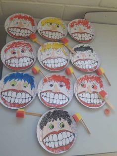 Dental Activities for Kids - Todo Sobre La Salud Bucal 2020 Preschool Classroom, Preschool Activities, Childhood Education, Kids Education, Art For Kids, Crafts For Kids, Diy Crafts, Dental Health Month, Health Activities