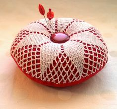 fiberluscious: Make A Frilly Doily Pincushion Tutorial