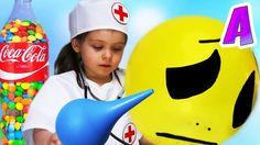 Малыш Заболел Ставим Клизму Лечим Малыша Играем в Доктора
