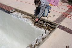 you may also have to replace an outdated or inferior part of your pool. Well, all these issues can be dealt in the best way when you are Honolulu pool repair services are there.