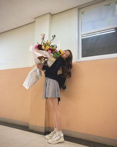 jeon somi, you might not my first but would u be my last? South Korean Girls, Korean Girl Groups, Choi Yoojung, Jeon Somi, Ulzzang Girl, Fandoms, Kpop, Instagram, Graduation