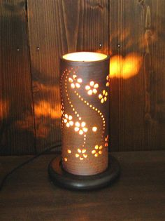 pictures of japanese pottery | Japanese pottery - tube shaped flower lamp