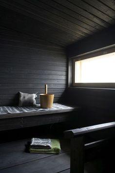 sauna - dark wood and natural light Sauna Shower, Sauna Seca, Portable Sauna, Interior Architecture, Interior Design, Interior Garden, Design Design, Sauna Design, Outdoor Sauna