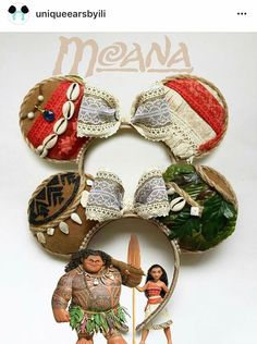 The Moana ears, with the heart of Te'Fiti at the centre of the bow. Die Moana-Ohren, mit dem Herzen von Te'Fiti in der Mitte des Bogens. Disney Minnie Mouse Ears, Diy Disney Ears, Disney Bows, Disney Hair, Cute Disney, Disney Outfits, Diy Mickey Mouse Ears, Disney Clothes, Disney Stuff