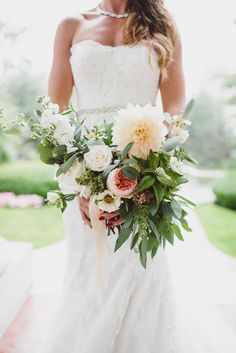 Photography : Whitney Krutzfeldt | Floral Design : Celsia Florist | Wedding Dress : Maggie Sottero | Grooms Attire : Moule Read More on SMP: http://www.stylemepretty.com/canada-weddings/british-columbia/vancouver/2016/03/07/romantic-vintage-inspired-vancouver-summer-wedding/