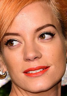 Close-up of Lily Allen at the 2014 British Fashion Awards. http://beautyeditor.ca/2014/12/03/british-fashion-awards-2014