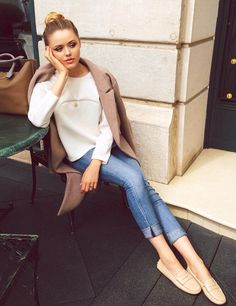 1. Don't walk out the door without wearing at leastSometimes your jacket simply looks better draped over your shoulders.Simple NecklaceSkinny Jeans > Boyfriend Jeans