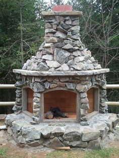 outdoor fire place, this is so pretty!