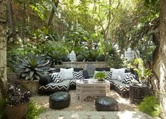 Country or city, acres or square feet, these outdoor areas are expertly appointed and incredibly inspiring.
