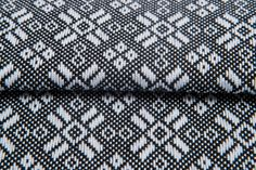 Tristan Classic #artofweaving #singleorigin #handwoveninspired #diy #fabricart #wystrójwnętrz #cottonfabric #carre