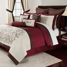 Home Clics Jilliana Bed Set This Is Pretty Too Combination Of The Burgundy And Cream With A Pattern Holly Macon Bedroom Curtain