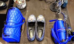 Agua del Carmen Shop in Milan Blue Glitter, Rebecca Minkoff, Milan, Luxury Fashion, Street Style, Jewels, Boutique, Sandals, Stylish
