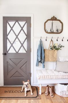 A beautifully bright entryway with a cozy cottage feel decor cozy cottage Cozy Cottage Entryway - Love Grows Wild Cozy Cottage, Cottage Living, Cottage Homes, Cozy House, Living Room, Cottage Ideas, Apartment Living, Cottage Entryway, Entryway Decor