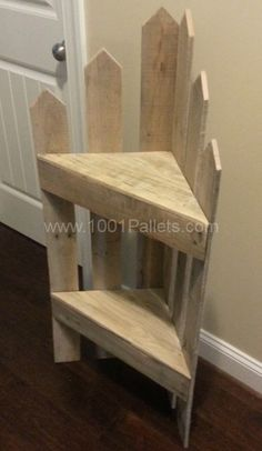 Pallet corner Shelf I would make this for my back porch as a plant stand