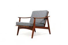 60er Teak Sessel l Easy Chair l danish modern l Ib Kofod Larsen Era l Neubezug in grau l wunderschöne Form & Top Zustand l auch in dunkelbla...