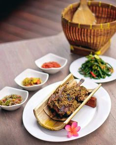 #Bali. Picture & recommendation from @SashyLittleKitchen. This is Bebek Timbungan at @TheLuwus. This traditional Balinese food were made with Balinese herbs and recipe it looks interesting for us to try... And we are officially hungry now.  #radarbalifoodies #radarfoodcious