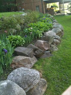 42 Inspiring Rock Garden Landscaping Ideas - Your Rock Garden Landscape. Not every landscape is perfect and having a rock garden can help in many of those areas. You might have an area that is ju. Home Landscaping, Landscaping With Rocks, Front Yard Landscaping, House Landscape, Landscape Design, Landscape Rocks, Sloped Garden, Shade Garden, Garden Paths
