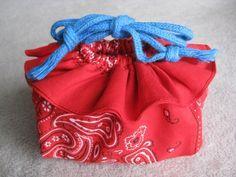 バンダナ手芸*フリル巾着バッグ*バザー手作り作り方の作り方 バッグ ファッション小物 ハンドメイド・手芸レシピならアトリエ