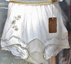 Vtg Rogers Lingerie Sheer Panties NOS + Tags Mushroom Double Gusset sz 5 Classic Lingerie, Retro Lingerie, Lingerie Photos, Sheer Lingerie, Nylons, Vintage Underwear, Granny Panties, Culottes, Lingerie Collection
