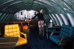 The Fabulous Bars & Restaurants of the Boeing 747: Amazing Vintage Photos Show the Glamorous Airline Lounges in the Sky from the 1970s