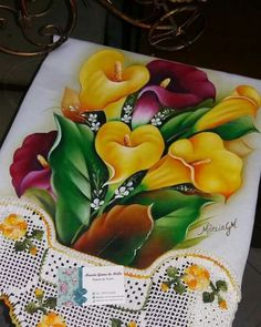 Tole Painting, Fabric Painting, Watercolor Paintings, Mexican Paintings, Hand Embroidery Flowers, Beautiful Rangoli Designs, Mural Art, Calla Lily, Flower Cards