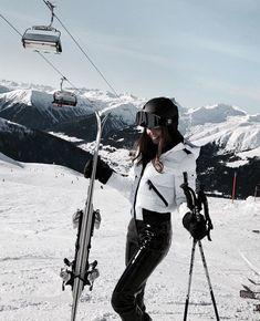 Moda Ski, Ski Fashion, Winter Fashion, Sporty Fashion, Arab Fashion, Sporty Chic, Fashion Spring, Fashion Clothes, Korean Fashion