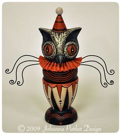 Halloween Owl Candy Cup by folk artist, Johanna Parker . Whimsical Halloween, Halloween Owl, Halloween Design, Halloween 2018, Vintage Halloween, Halloween Crafts, Halloween Decorations, Vinyl Toys, Hallows Eve