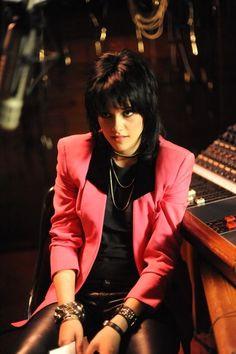 Joan Jett by Kristen. No podrían haber encontrado a alguien mejor para interpretarla.