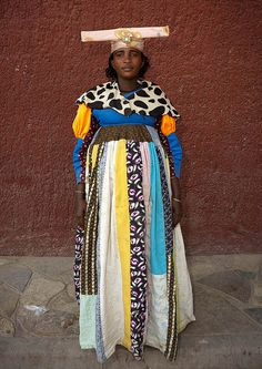 Herero woman-missionary influence on Namibian tribal costume African Life, African Culture, African Women, African Fashion, Folk Costume, Costumes, Tribal Costume, Culture Clothing, African Tribes