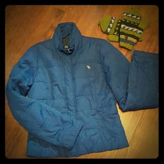 | Abercrombie & Fitch | Down Jacket Abercrombie & Fitch winter jacket. Shell and lining 100% polyester. Fill 65% waterfowl feather, 35% down. Abercrombie & Fitch Jackets & Coats Puffers
