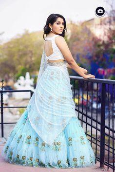Anchor Rashmi Gautam Stunning Photoshoot Stills Half Saree Designs, Lehenga Designs, Blouse Designs, Blouse Patterns, Bridal Mehndi Dresses, Bridal Lehenga, Indian Attire, Indian Wear, Indian Dresses