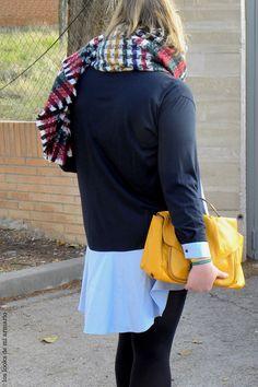 Trendy Curvy Look. Bufanda Manta Colores #looknavideño#navidades #bufanda #vestidocamisero #outfittallagrande #curvy #plussizecurve #personalshopper #curvygirl #loslooksdemiarmario #bloggermadrid #outfit #plussizeblogger #fashionblogger #influencer #zara #trendy #bloggerXL