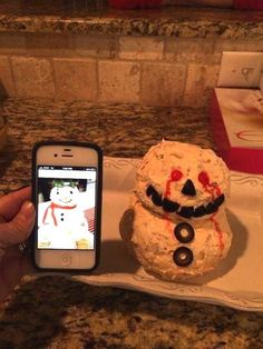 The world�s scariest snowman: | 26 People Who Definitely Totally 100% Nailed It