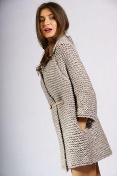 "Мини-пальто или кардиган?Идея для объёмного вязания. Обсуждение на LiveInternet - Российский Сервис Онлайн-Дневников [   ""Mobile Mini LiveInternet coat or cardigan idea to surround knitting?"" ] #<br/> # #Knitted #Coat,<br/> # #Womens #Knitwear,<br/> # #Work,<br/> # #Cardigans,<br/> # #Diaries,<br/> # #Handwork,<br/> # #Jacket,<br/> # #Ponchos<br/>"