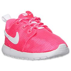 <p>The comfort and simplicity of the Nike Roshe Run isn't just for adults anymore! Now, even the tiniest tykes can toss these cuties on and go! </p><p>A soft mesh and fabric upper makes these babies ultra cozy, while the rubber outsole has plenty of traction to keep little ones upright as they explore. Athletic styling ensures your toddler looks just as cool as the big kids, while the pull tab at the heel allows these sneakers to slip off and pull on easily. </p><p>Cute, fun and right…