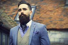 cravat-club-ascot-tie-pocket-square-menswear-made-in-britain-silk-cravats-beard-british-dapper-ascots-groomswear-style-skulls_large.jpg (1000×666)