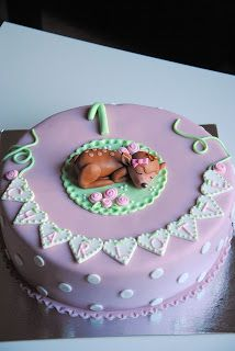 Homemade by MI: Charlotten Bambi kakku & koristellut keksit / Char...