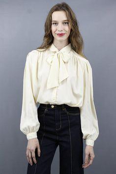 f26a89d89907f0 Cream Ascot Blouse Plus Size Blouse Plus Size Vintage Secretary Blouse Lane  Bryant Blouse 70s Blouse 1970s Blouse Cream Bow Blouse 1X 2X