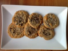 Ripped Recipes - Paleo Bacon Chocolate Chip Cookies - Super easy and delicious that contain two of my favorite things - dark chocolate chips and BACON! Paleo Cookies, Milk Cookies, Paleo Treats, Bacon Chocolate Chip Cookies, Chocolate Chips, Bacon Dates, Ripped Recipes, Paleo Honey, Paleo Bacon